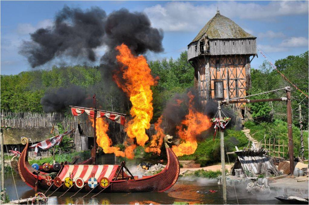 attaque des vikings puy du fou