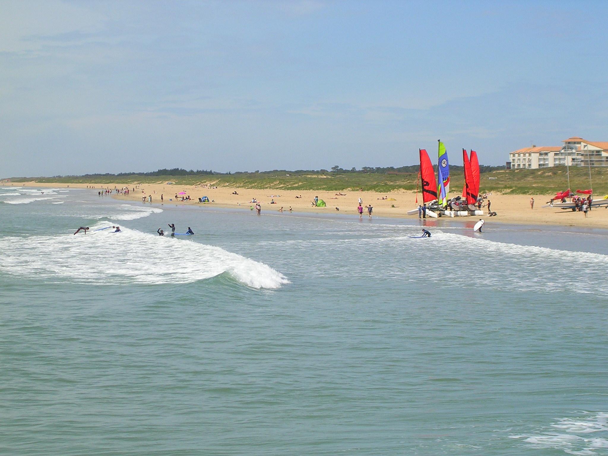 jeunes apprenti surfeurs saint jean de monts